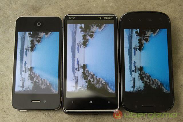 HTC HD7 Display compare