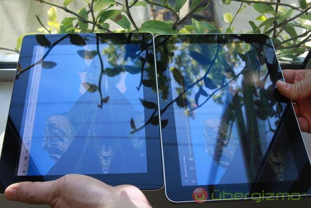 Galaxy Tab 10.1 et iPad 2 sous la lumière directe du soleil