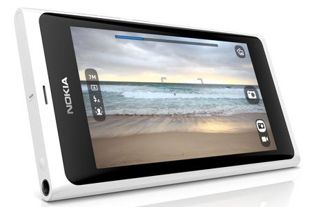 White Nokia N9 now official, current N9 to receive a software update