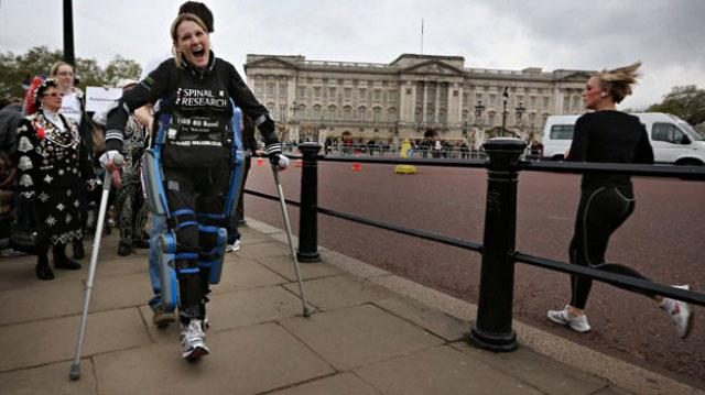 Claire Lomas, a paraplegic, brings home the ReWalk robotic suit