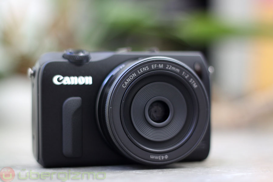Is Canon Working On Full-Frame Compact Camera? [Rumor]   Ubergizmo