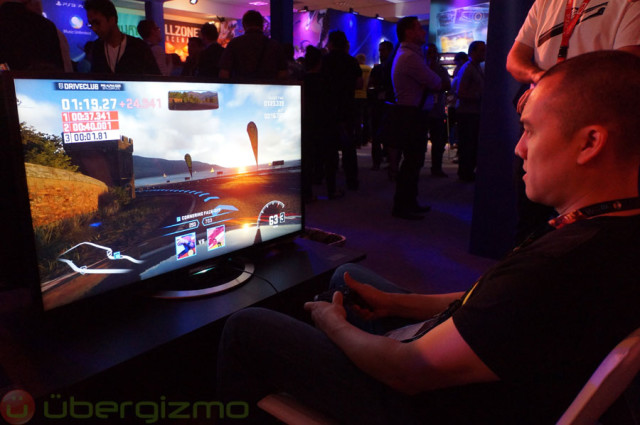 Playing with the PS4 during E3