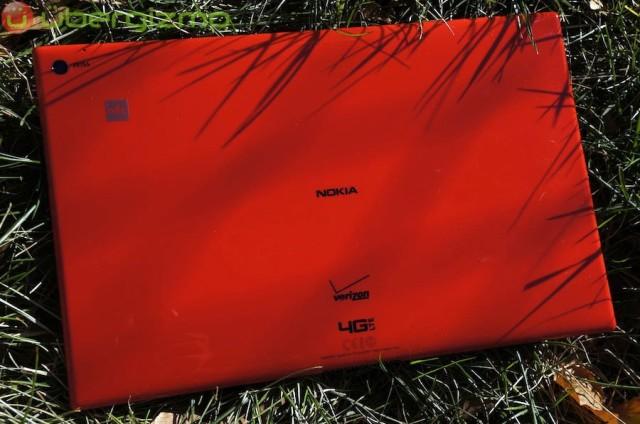 nokia-lumia-2520-review-15