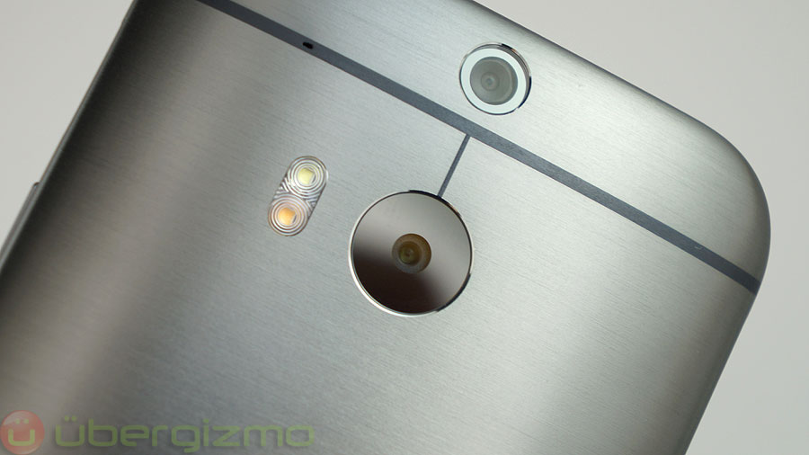 HTC Reminds Us That They Had A Dual Camera Smartphone First
