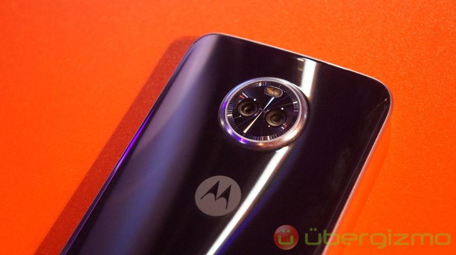 new styles dfec8 10a9f Moto X4 Review   Ubergizmo